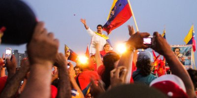 maduroinacrowd.revolutions